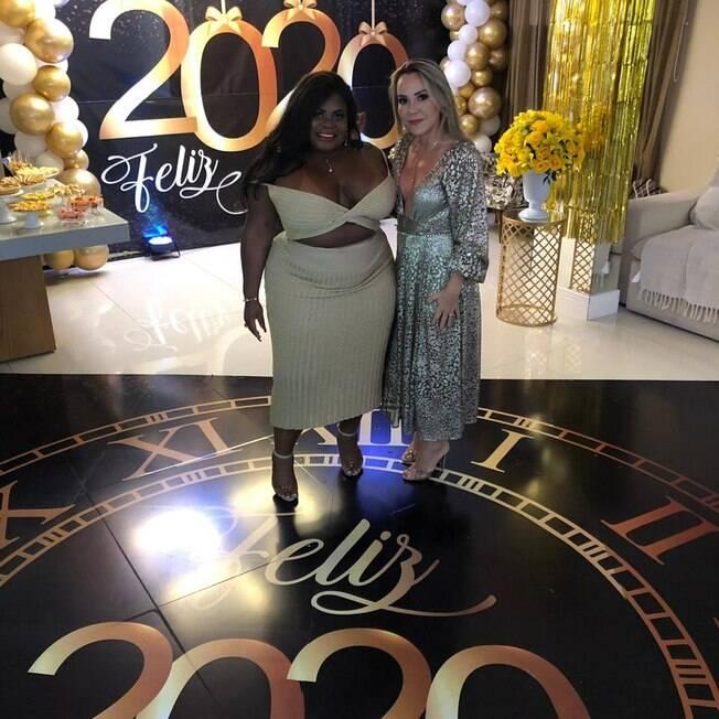 Jojo Todynho faz festão para celebrar a virada do ano