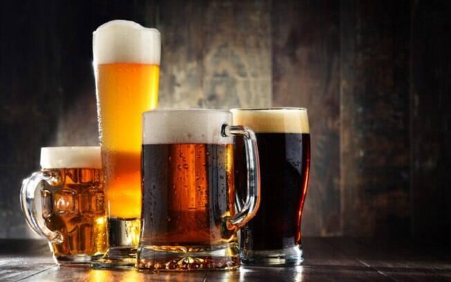 Do copo para a panela: jeitos simples de utilizar cerveja na cozinha