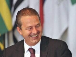 Candidatura de Eduardo Campos cria problemas para formação de alianças nos Estados