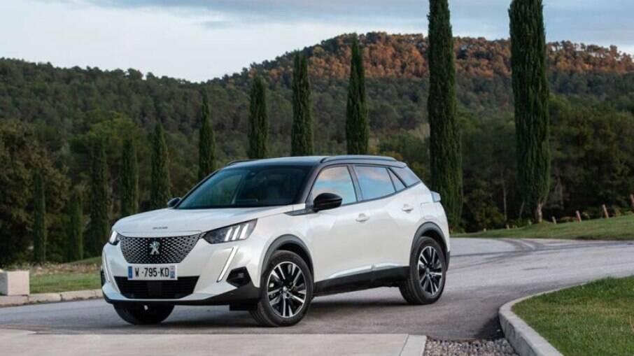 Nova geração do Peugeot 2008 se destaca na Europa. SUV compacto foi eleito o 'Carro do Ano de 2020'