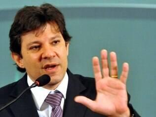Haddad diz que paralisação de ônibus em São Paulo é 'injustificável'