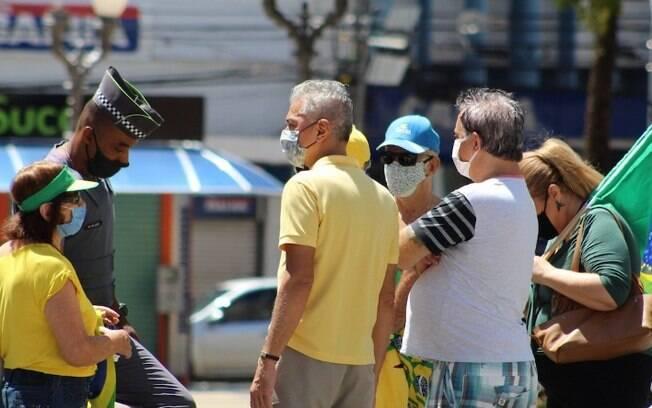 Manifestação reúne apoiadores de Bolsonaro em Campinas