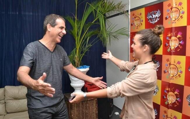 Durval e Fernanda nos bastidores do show