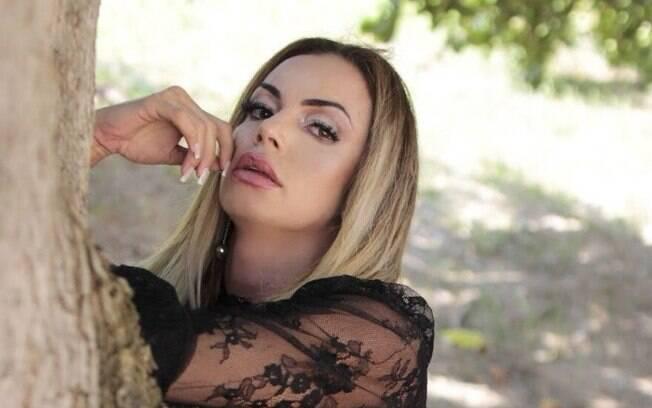 Wanessa Angell também é conhecida como Mulher Kiwi e divide o tempo com modelagem, estudos e folia