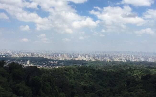 São Paulo também tem mirantes naturais, como é o caso da Pedra Grande, localizada no Parque Estadual da Cantareira