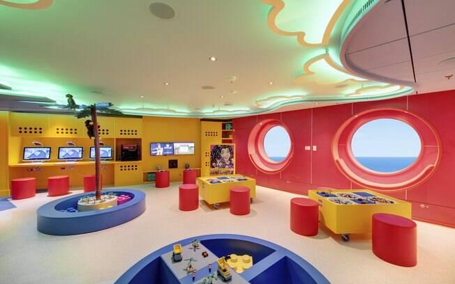 Os seis ambientes estão preparados para receber crianças a partir de um ano de idade até adolescentes de ate 17