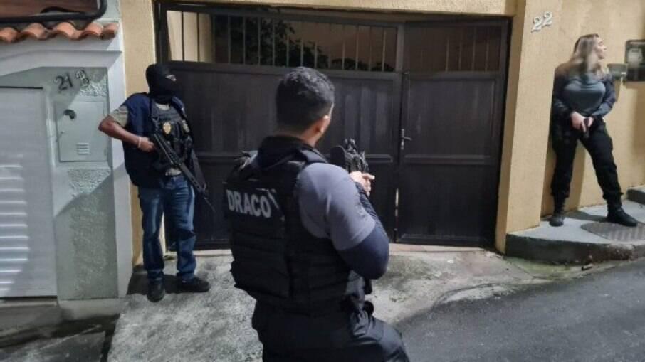 Operação Barbárie, deflagrada pela Polícia Civil, atua na zona Norte e Oeste do Rio de Janeiro para desarticular a milícia na região