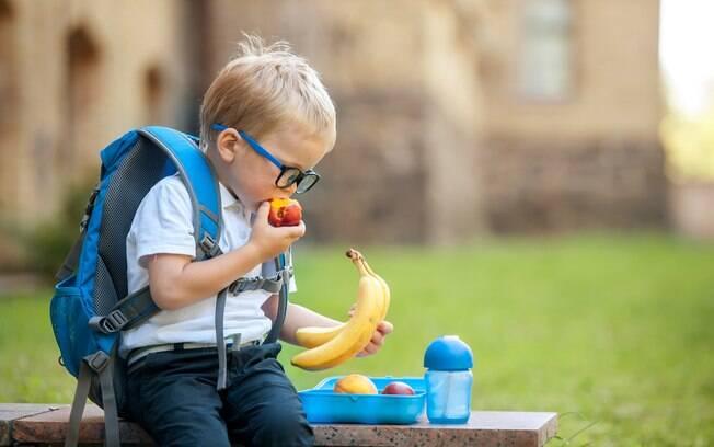 Deixe a hora do recreio mais saborosa e nutritiva para as crianças. Confira receitas para o lanche