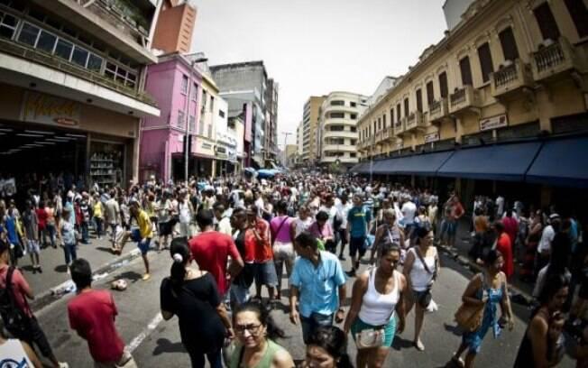 Volume de venda do varejo teve alta de 2% em novembro, aponta IBGE