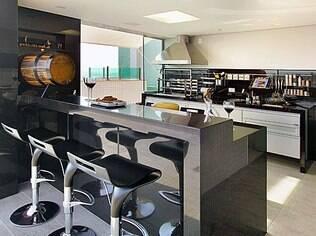 Cozinhas gourmet encantam o taurino. Projeto da arquiteta Gislene Lopes