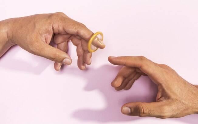 Quando for usar óleo de coco como lubrificante, escolha preservativos sem látex
