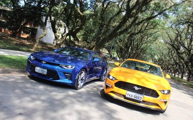 Chevrolet Camaro e Ford Mustang oferecem uma passagem para o Encontro de Esportivos de Águas de Lindóia