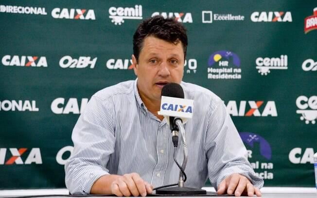 Adilson Batista terá a missão de salvar o Cruzeiro