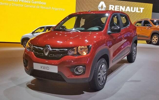 Pode ser bem pelado, mas o Renault Kwid acerta direto no bolso do brasileiro, por R$ 29.990