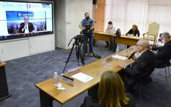 AO VIVO - Dário fala sobre medidas contra a covid-19 em Campinas