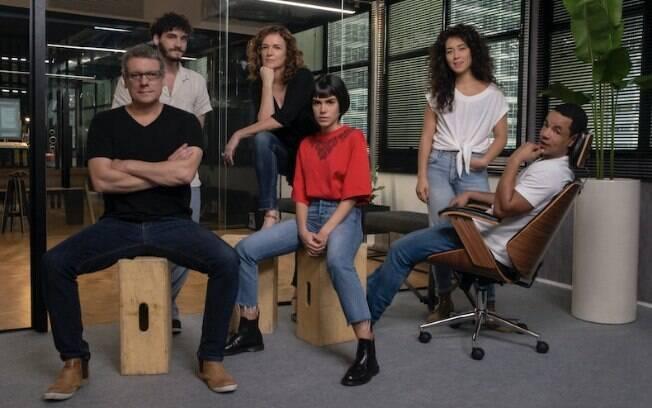 Netflix convoca Carla Salle para protagonista de nova série original