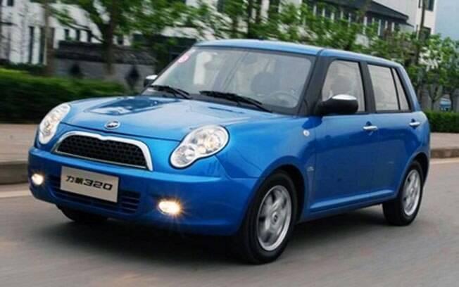 O Lifan 320 foi o carro-chefe da marca quando chegou ao Brasil, tentando imitar o visual do Mini Cooper