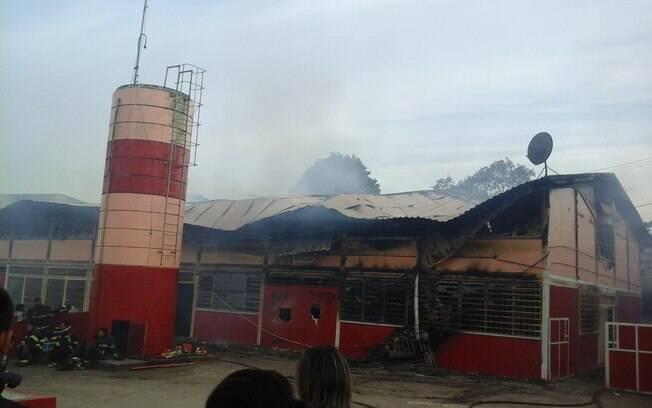 Escola Estadual Renata Menezes, em Parelheiros, foi incendiada em novembro
