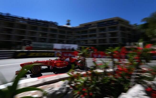 Brasileiro Felipe Massa ficou atrás do  companheiro de Ferrari e fez o 4º tempo na  primeira sessão em Mônaco