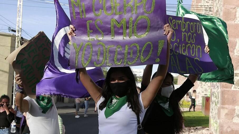 Manifestantes pró aborto no México