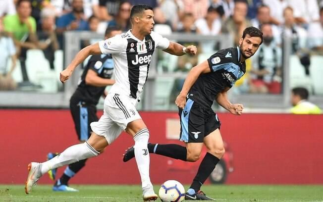 Cristiano Ronaldo em ação pela Juventus contra Lazio