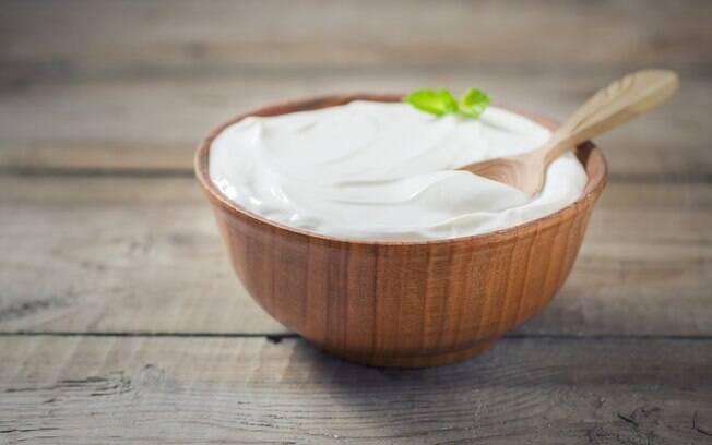 saiba o tipo ideal de iogurte para sua dieta