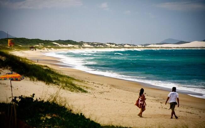 O roteiro pelo trecho sul tem início na Praia do Campeche