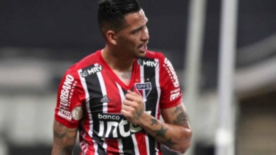 Luciano marcou um dos gols da vitória do São Paulo