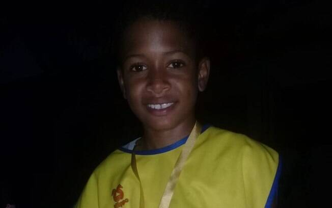 menino sorrindo