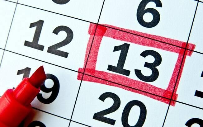 calendário com a data 13 marcada