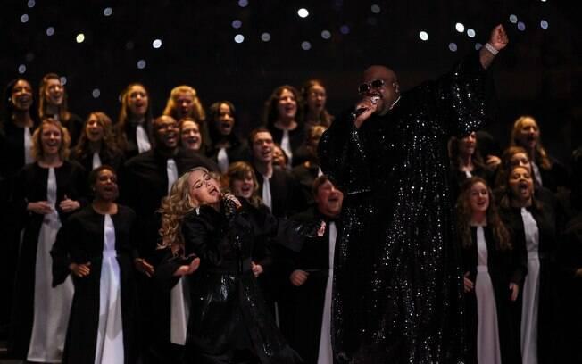 Madonna também cantou com o rapper Cee Lo Green
