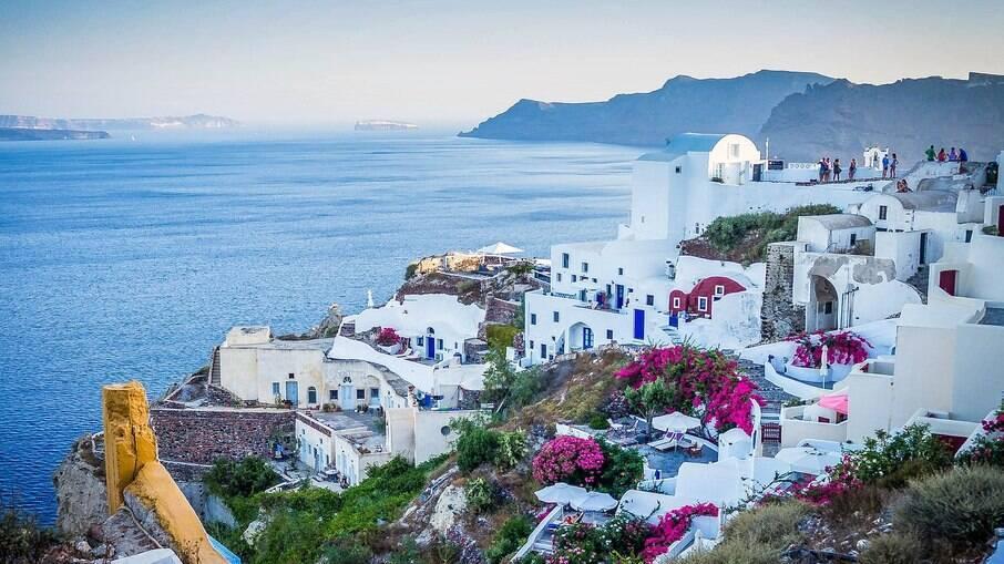 Grécia é um dos países que pressiona pela criação do certificado de vacinação