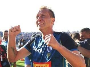 Com um gol de pênalti, o Leão está na principal divisão do futebol brasileiro