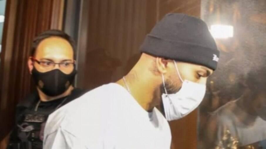 Gabigol foi detido em cassino por aglomeração