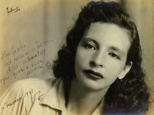 Jean Wyllys publicou uma foto da jornalista e escritora Patrícia Galvão, a Pagu, em sua página