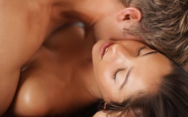 Brasil ficou fora do pódio com o top 3 dos países com a vida sexual mais satisfatória