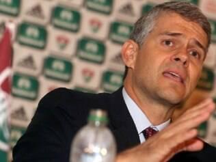Presidente do Flu, Peter Siemsen, prometeu dar a vida para reerguer o clube
