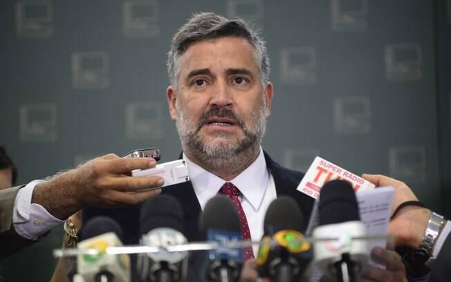 Deputado Paulo Pimenta (PT-RS) disse que a defesa de Lula vai recorrer da decisão do STJ no STF