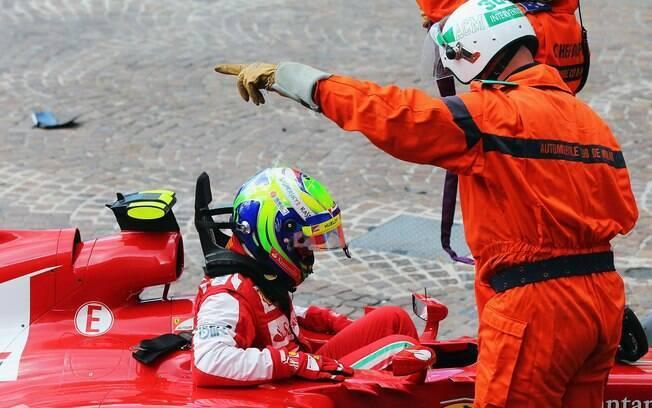 Massa reclamava de dores no pescoço, mas não  foi detectada nenhuma fratura ou problema grave