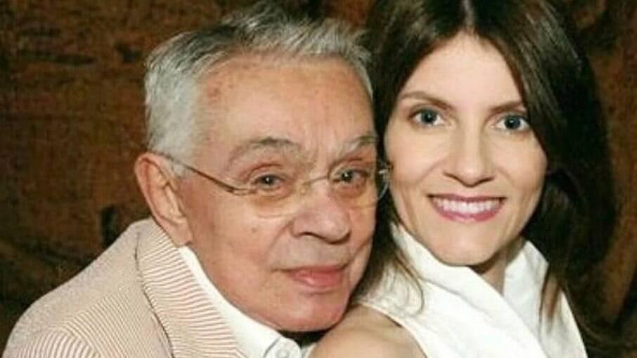 Viúva de Chico Anysio recebe alta de internação