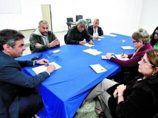 Proposta. Tucano se reuniu com representantes de entidades não governamentais ontem em São Paulo
