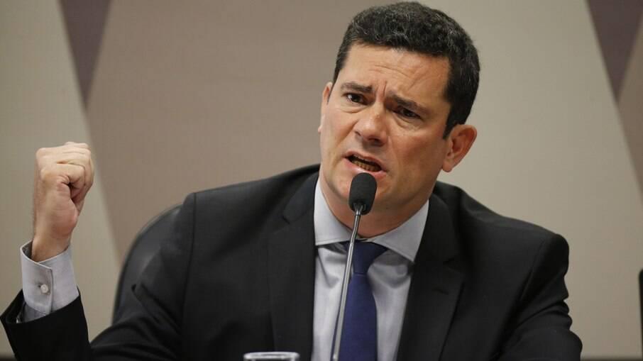 De Renan Calheiros e Rodrigo Maia: saiba quem assinou carta contra Sergio Moro