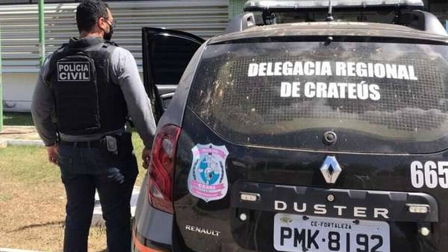 O suspeito foi levado à Delegacia Regional de Crateús