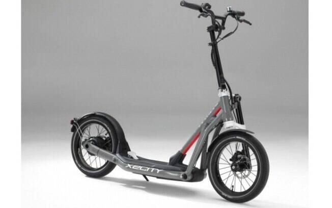 Eis o patinete elétrico mais refinado da BMW: o X2City scooter, que já está à venda