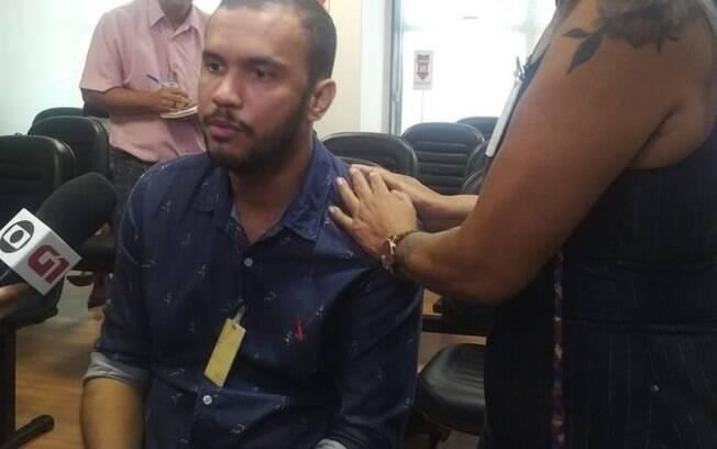 """""""O que tem de imaginário na minha vida hoje"""", questiona Vitor Santiago, que ficou paraplégico após episódio"""