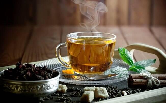 5 chás perfeitos para relaxar e aliviar o estresse