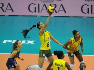 Seleção brasileira não tomou conhecimento de dominicanas e segue invicta no torneio internacional