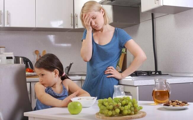Em algumas situações, os filhos dominam os pais e agem conforme eles querem, recusando ordens e limites