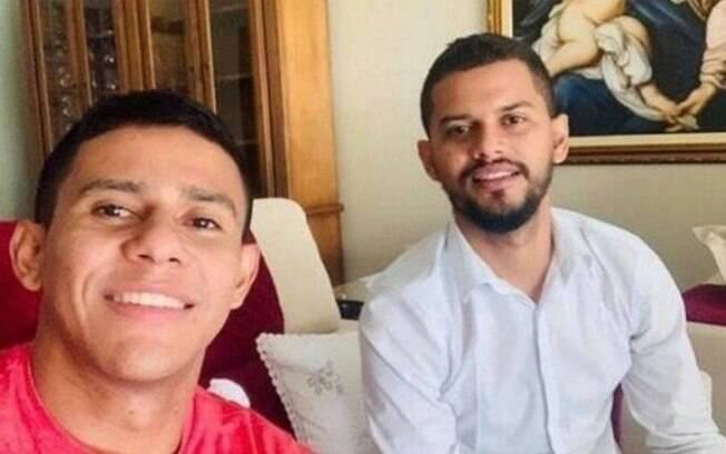 Os irmãos João Bosco e Jemison são investigados pela Polícia Civil