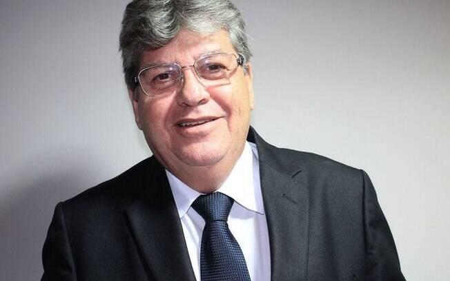 João Azevêdo (PSB) é eleito governador da Paraíba com 57,77% dos votos válidos no 1º turno